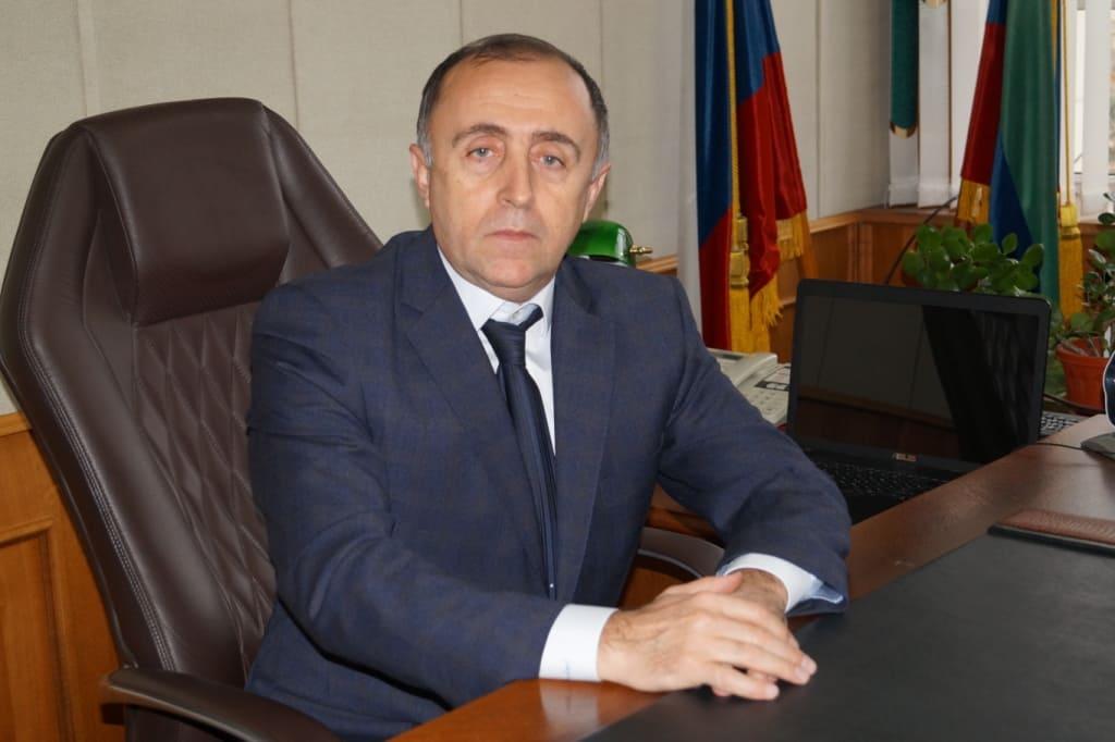 Алмаз Аскендерович Беков